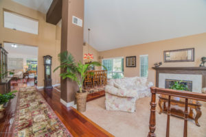 3056 Shadow Hills Cir Living Room