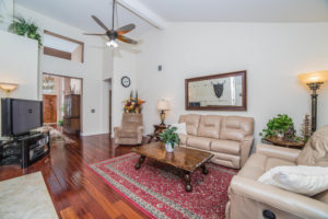 3056 Shadow Hills Cir Family Room
