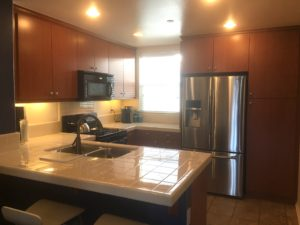 Kitchen at 750 S San Fernando Blvd #104